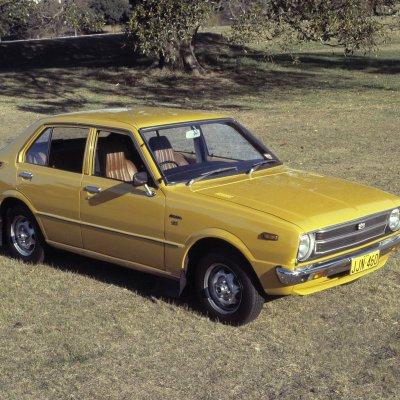III põlvkonna Corolla (1975)